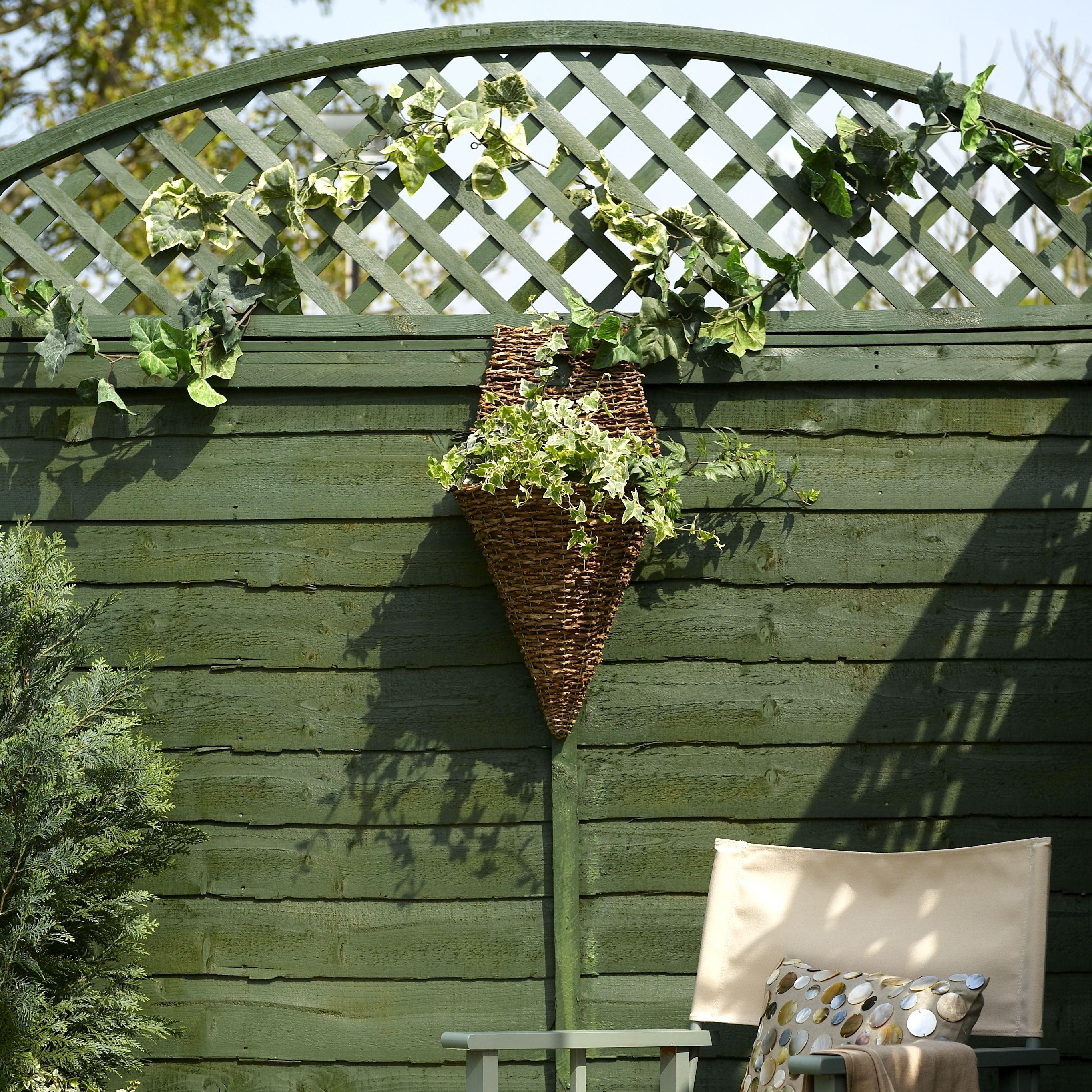 Garden Fences Amp Gates Garden Fencing
