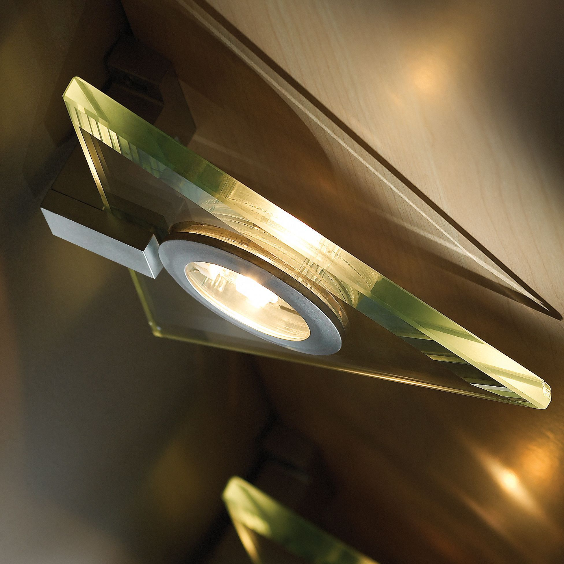 It Kitchens Mains Powered Cabinet Light, Pack Of 3
