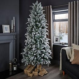 7ft Whistler Classic Christmas Tree