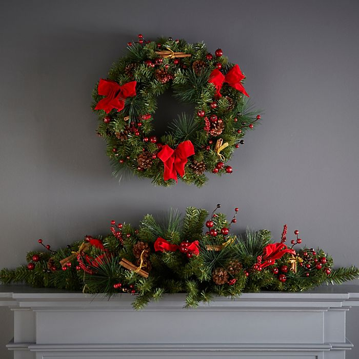Traditional mixed pine green and red wreath