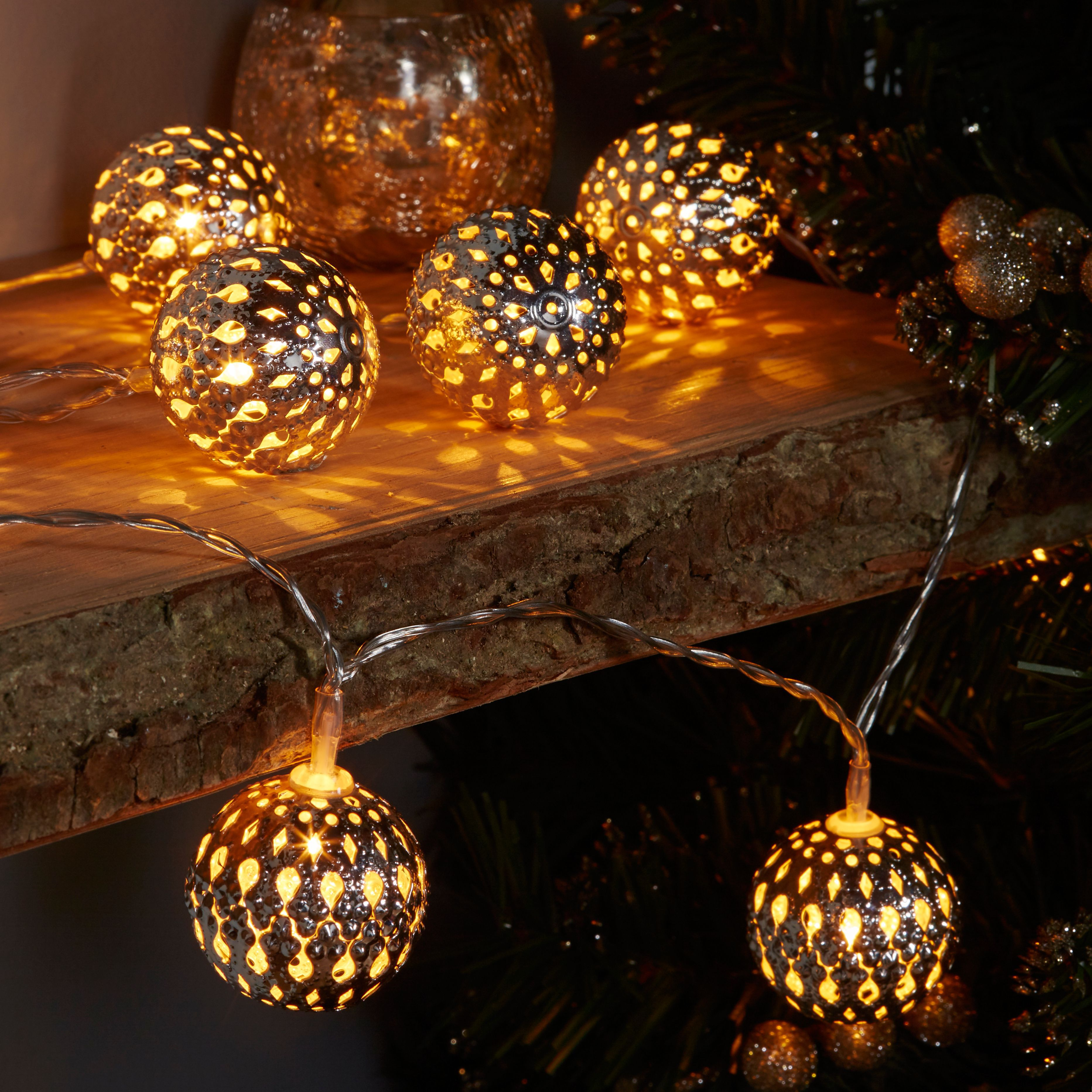Battery Operated Warm White LED Distressed Star String Lights