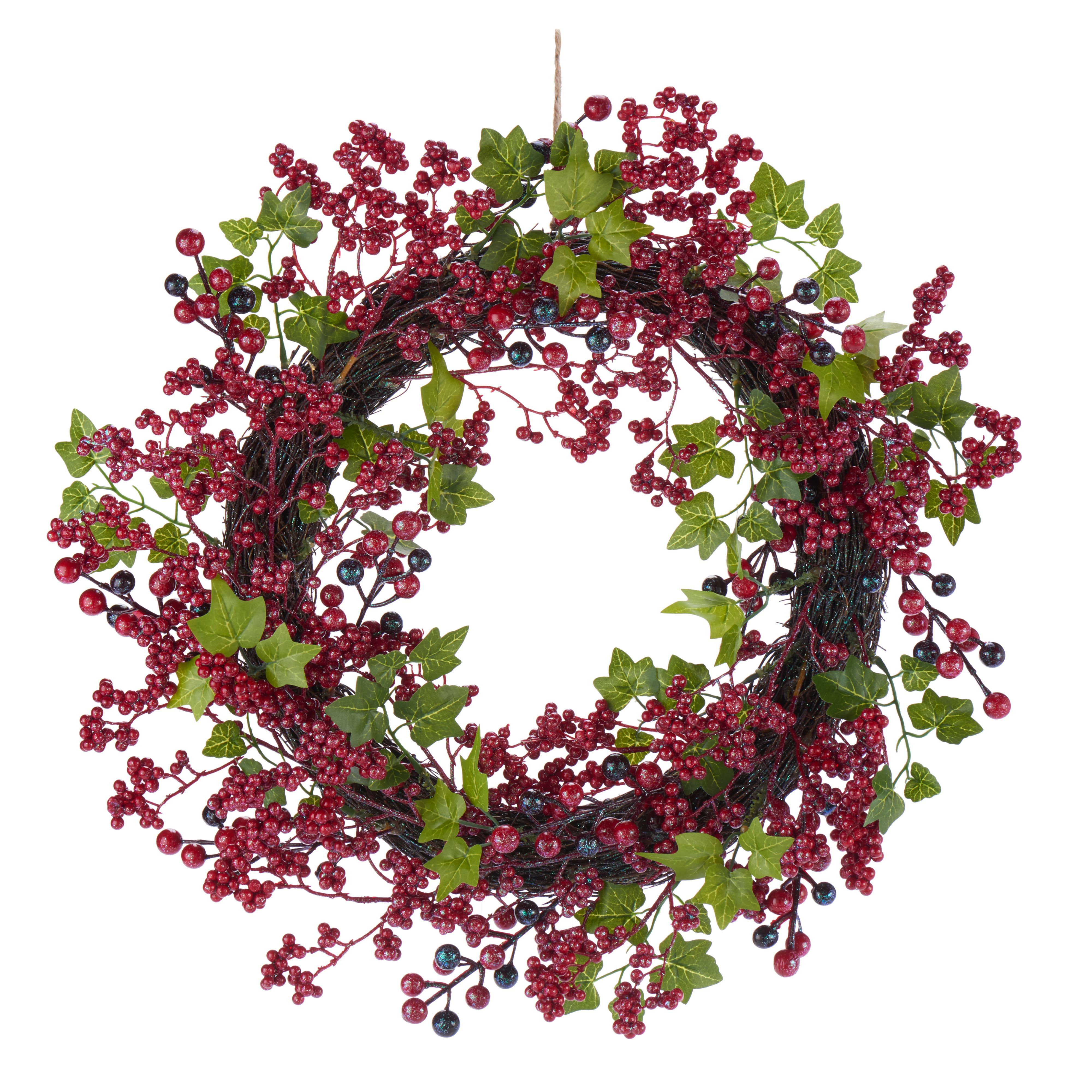 Traditional Green & Red Ivy & Berry Wreath, (d)500mm