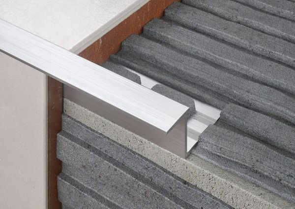 Z-Shaped Stairs Tile Trim