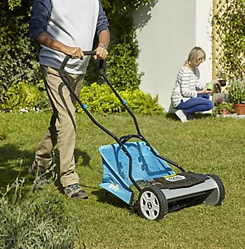 Lawnmower buying guide | Ideas & Advice | DIY at B&Q
