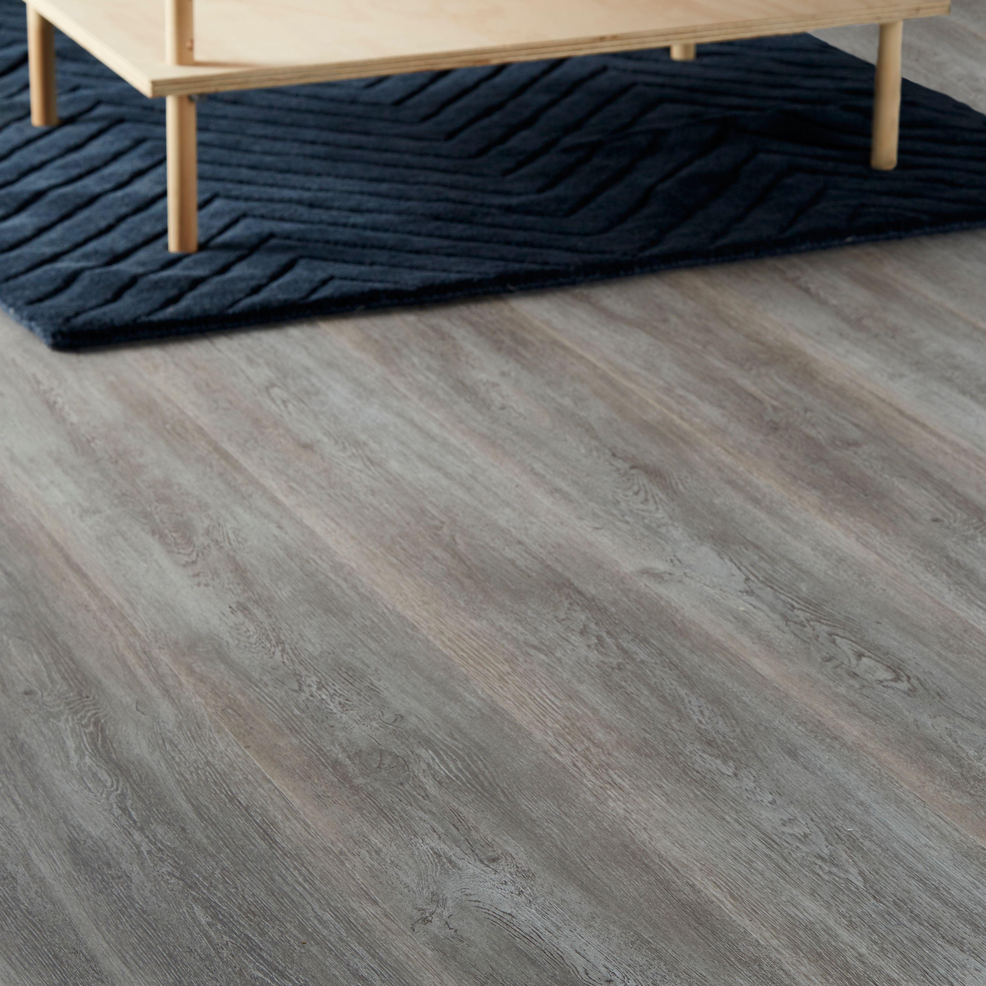 bundaberg grey oak effect laminate flooring m pack. Black Bedroom Furniture Sets. Home Design Ideas
