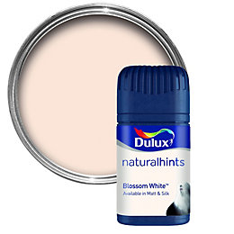 Dulux Blossom White Matt Emulsion Paint 50ml Tester