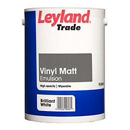 Leyland Trade Brilliant White Matt Emulsion Paint 5L
