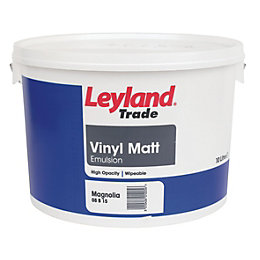 Leyland Trade Magnolia Matt Emulsion Paint 10L