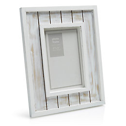 White Distressed Wooden Picture Frame (H)233mm x (W)184mm
