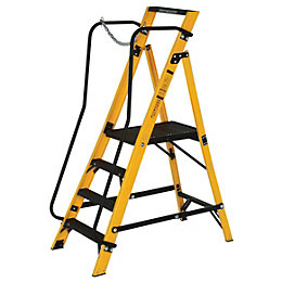 Werner 4 Tread Fibreglass Platform Stepladder, (H)1701mm