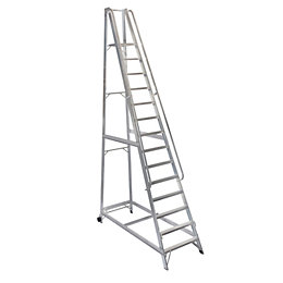 Werner 14 Tread Aluminium Platform Stepladder, (H)4000mm