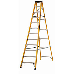 Werner 12 Tread Fibreglass Swing Back Stepladder, 3.34