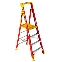 Werner 4 Tread Fibreglass Platform Stepladder, (H)2130mm