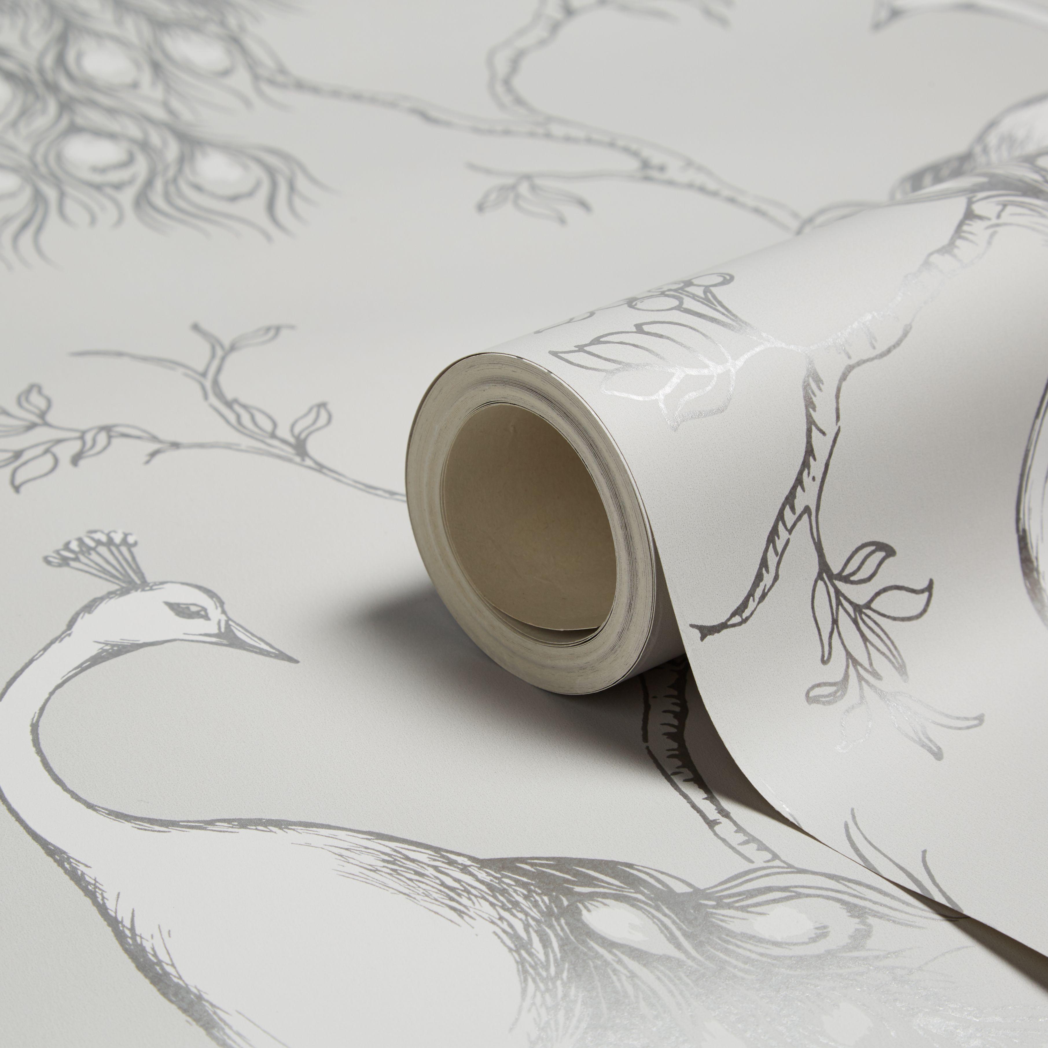 Fine Décor Empress White Foliage & Birds Glitter Effect Wallpaper