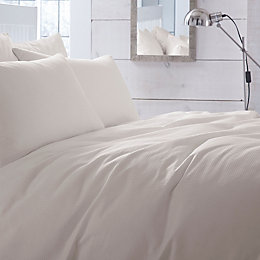 Chartwell Waffle Plain Cream Kingsize Bed Cover Set
