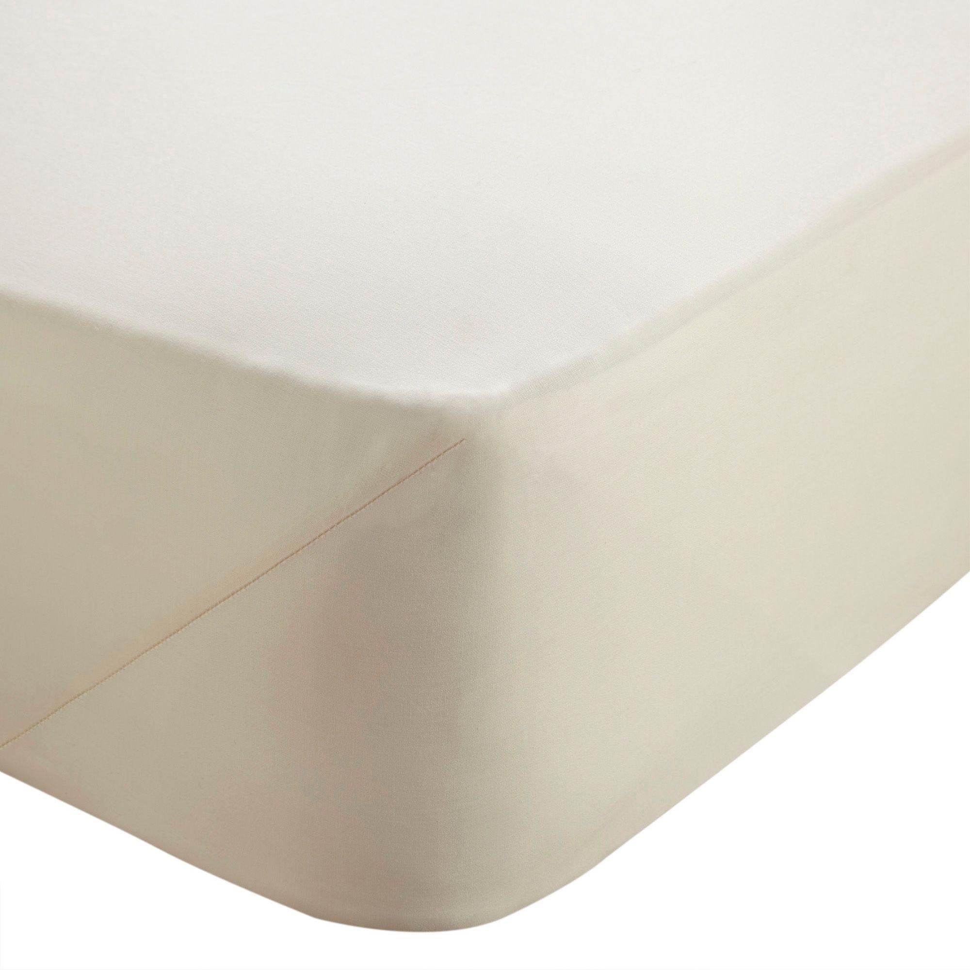 Chartwell Plain Dye Cream Double Deep Fitted Sheet