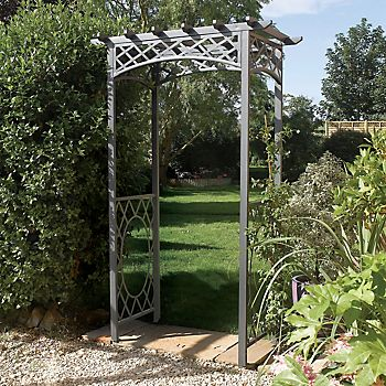 Wrenbury Metal Arch in modern garden