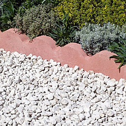 Scalloped Paving Edging Red, (L)600mm (H)150mm (T)50mm Pack