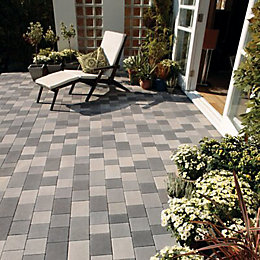 Mid Grey Stonemaster Mixed Size Block Paving, Pack