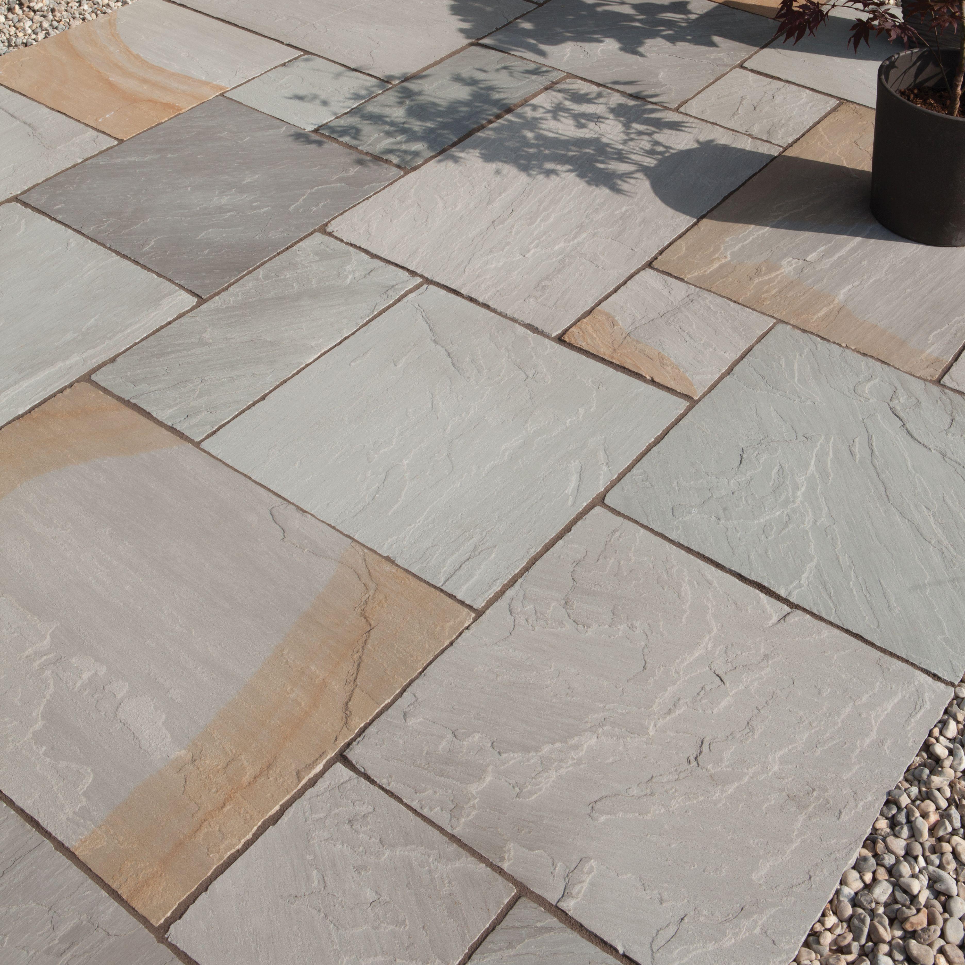 Grey Blend Natural Sandstone Paving Slab (l)600mm (w)600mm Pack Of 48, 17.28 M²