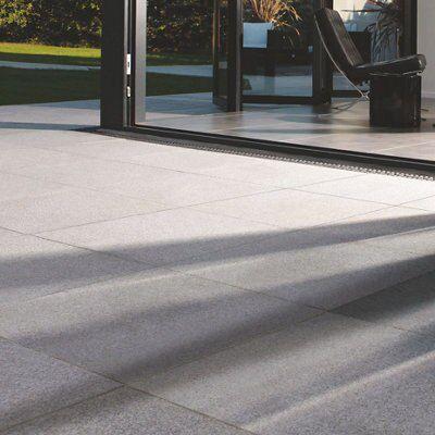 Silver Grey Natural Granite Paving Slab (l)300mm (w)300mm, 7.2 M²