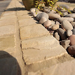 Fossil Buff Natural Sandstone Paving Setts (L)100mm (W)100mm,