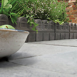 Victorian Paving Edging Dark Grey, (L)450mm (H)220mm (T)38mm