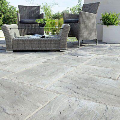 weathered grey wetherdale single paving slab l 450mm w. Black Bedroom Furniture Sets. Home Design Ideas