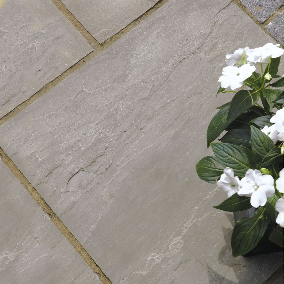 Silver Grey Natural Sandstone Mixed Size Paving Pack,