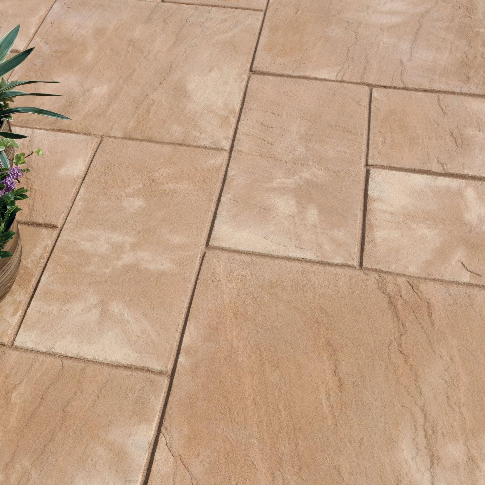 Autumn Cotswold Old Riven Mixed Size Paving Pack