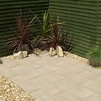Timber Plank Paving Edging Pine Effect, (l)600mm (h)250mm (t)40mm