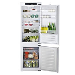Hotpoint HM7030ECAA03 Built-In White Fridge Freezer