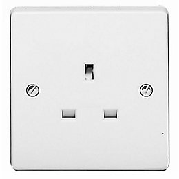 Crabtree 13A 1-Gang White Unswitched Socket