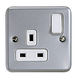 MK 13A 1-Gang Grey Switched Socket