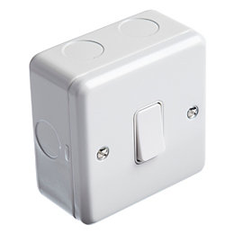 MK 13A 2-Way White Single Light Switch with