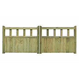 Grange Planed Timber Driveway Gate (H)900mm (W)2700mm
