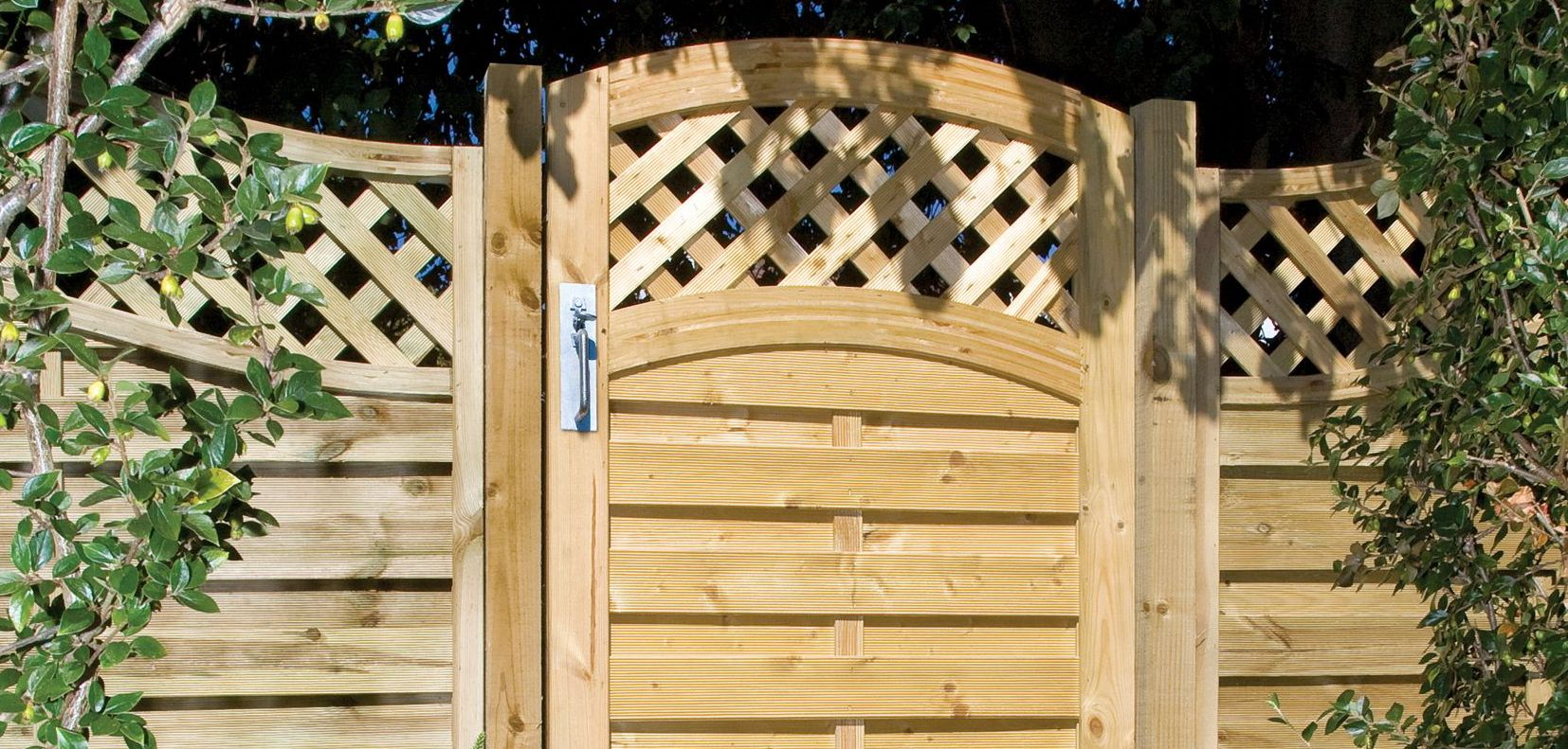 Garden Fences Gates Garden Fencing