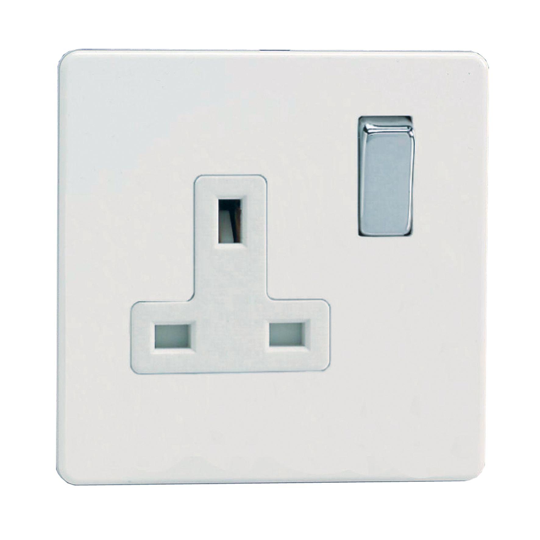 Varilight 13a Ice White Switched Single Socket