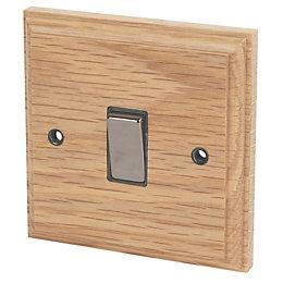 Varilight 10A 1 or 2-Way Single Solid Oak