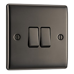 British General 10A 2-Way Double Black Nickel Light
