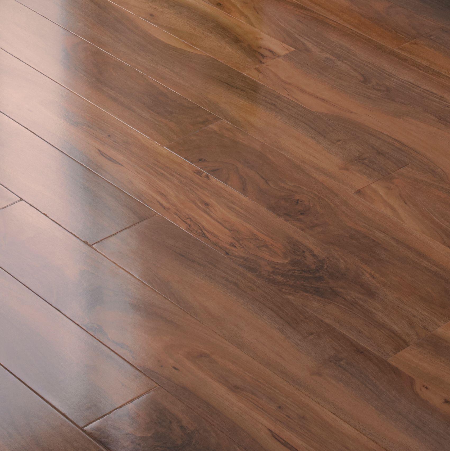 Dolce Natural Walnut effect Laminate flooring Sample | Departments | DIY at B&Q