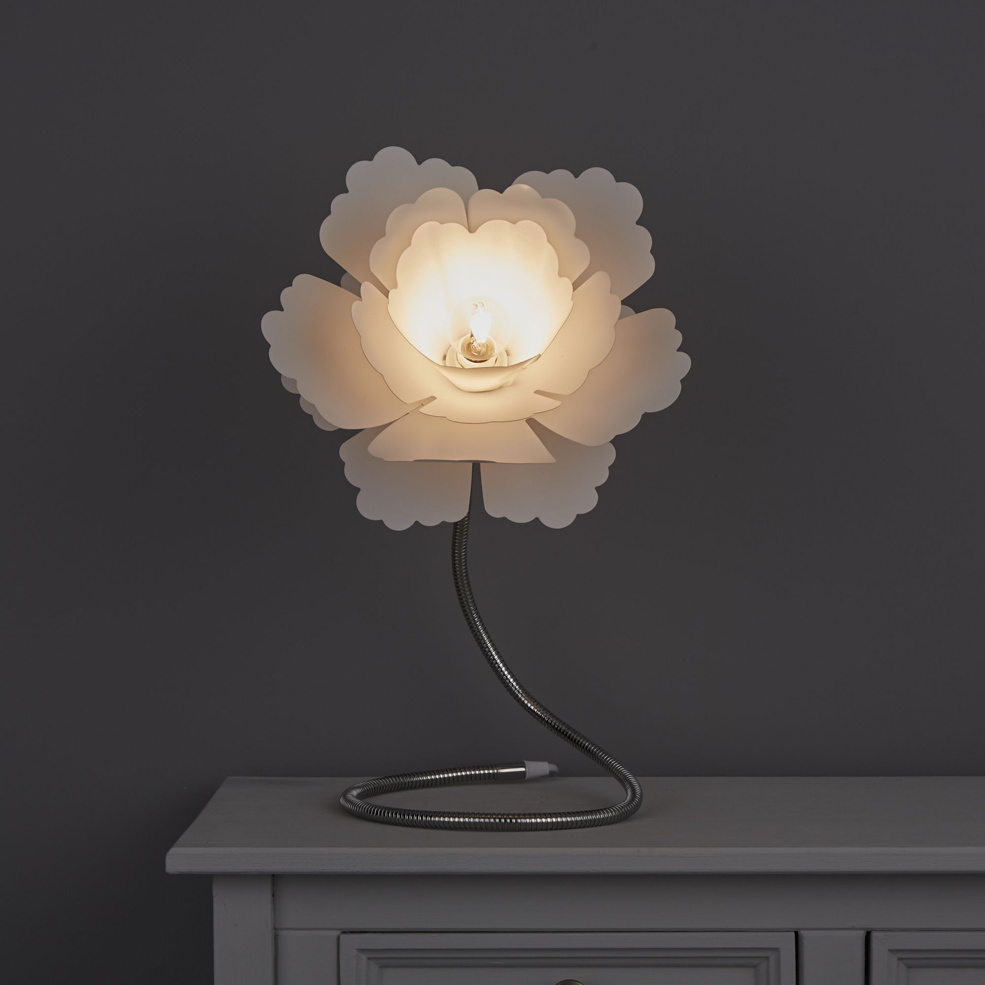 Paloma Flower White Table Lamp Departments Diy At B Amp Q