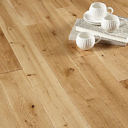 Colours Rondo Natural Solid Oak Flooring 1.3 m²