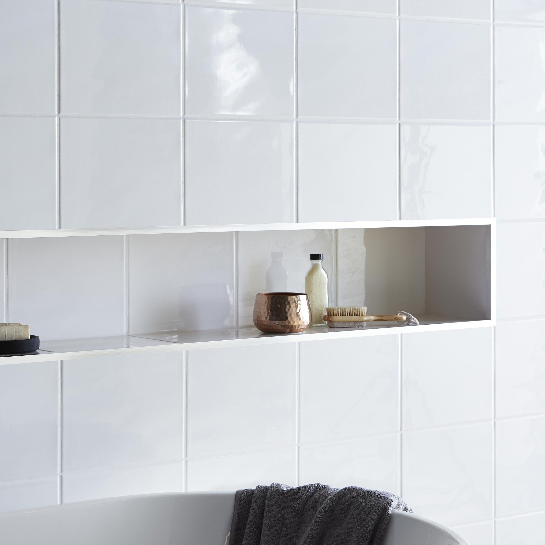Levanto White Ceramic Wall Tile Pack Of 10 L 250mm W: Ceramic Shower Wall Tile