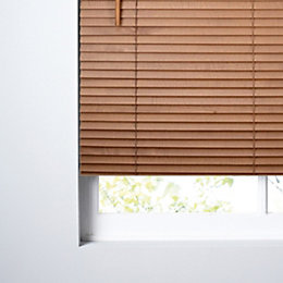 Colours Marco Mid Brown Venetian Blind (W)120cm (L)160cm