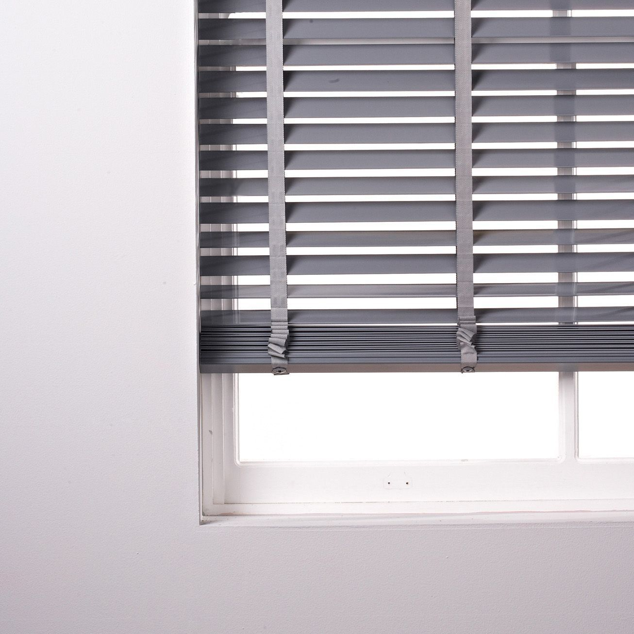 Colours Silvia Grey Venetian Blind (W)60 Cm (L)180 Cm