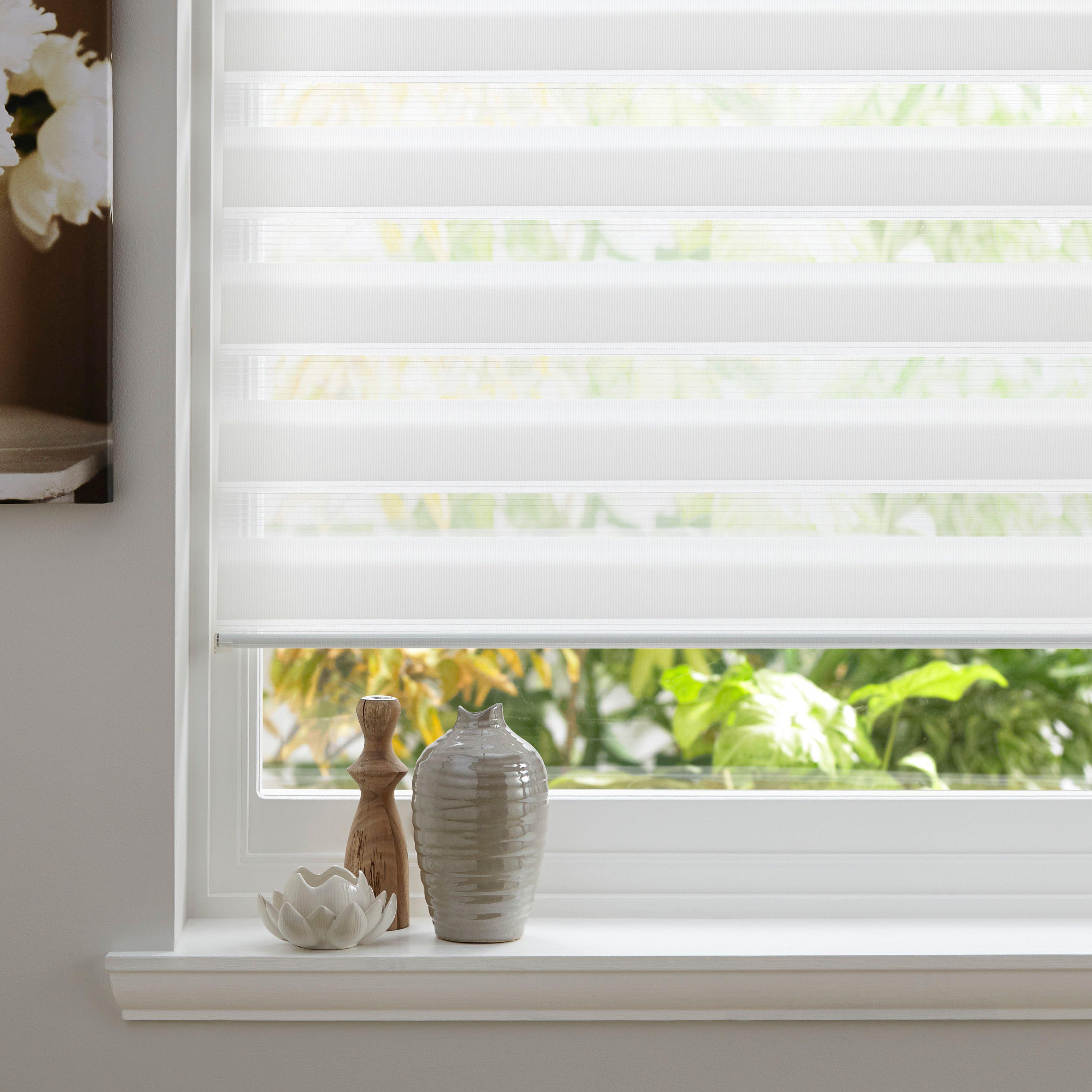 Bathroom Window Blinds B&Q colours day & night corded white roller blind (l)160 cm (w)90 cm