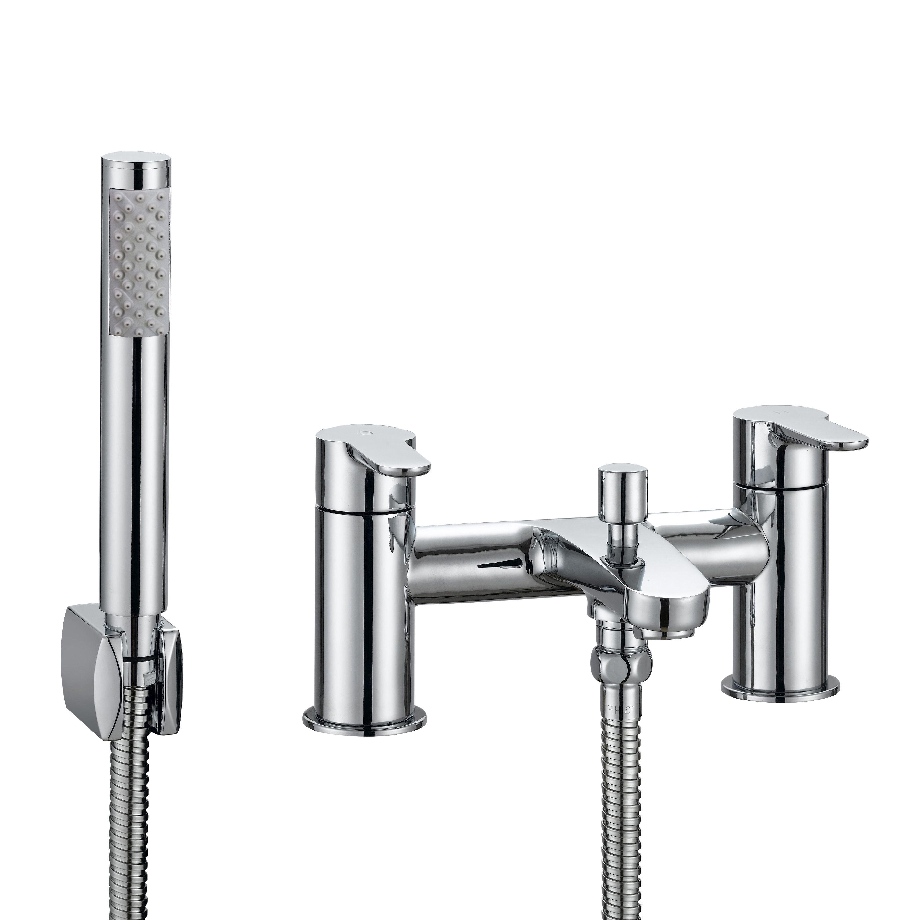 cooke lewis calista chrome bath shower mixer tap. Black Bedroom Furniture Sets. Home Design Ideas