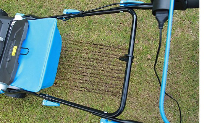 Scarifying your lawn
