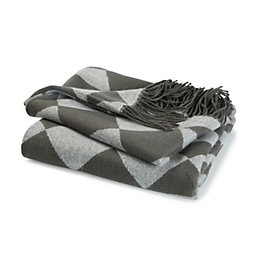 Corazana Grey Triangle Knitted Throw